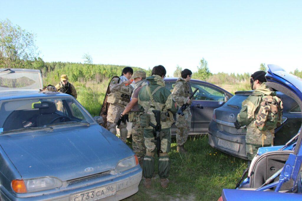 """Сборы перед """"воскресной"""" тренировкой команд Red Army и Fox Hound Group"""