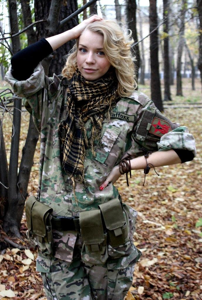 Анастасия, страйкбольная команда Red Army