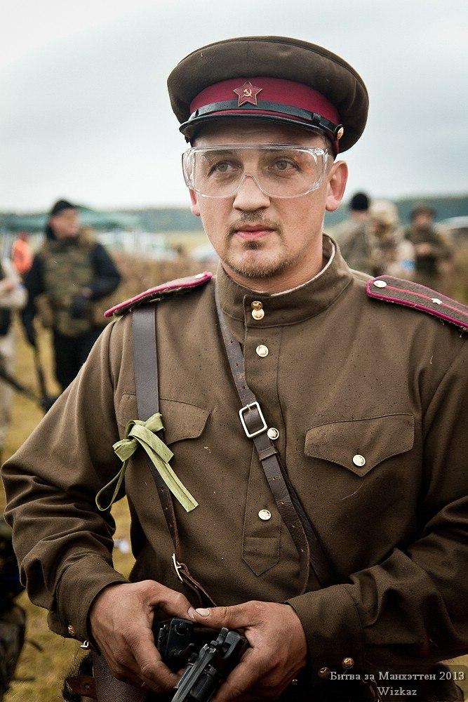 "Битва за Манхеттен - командир стороны ""Советов"""