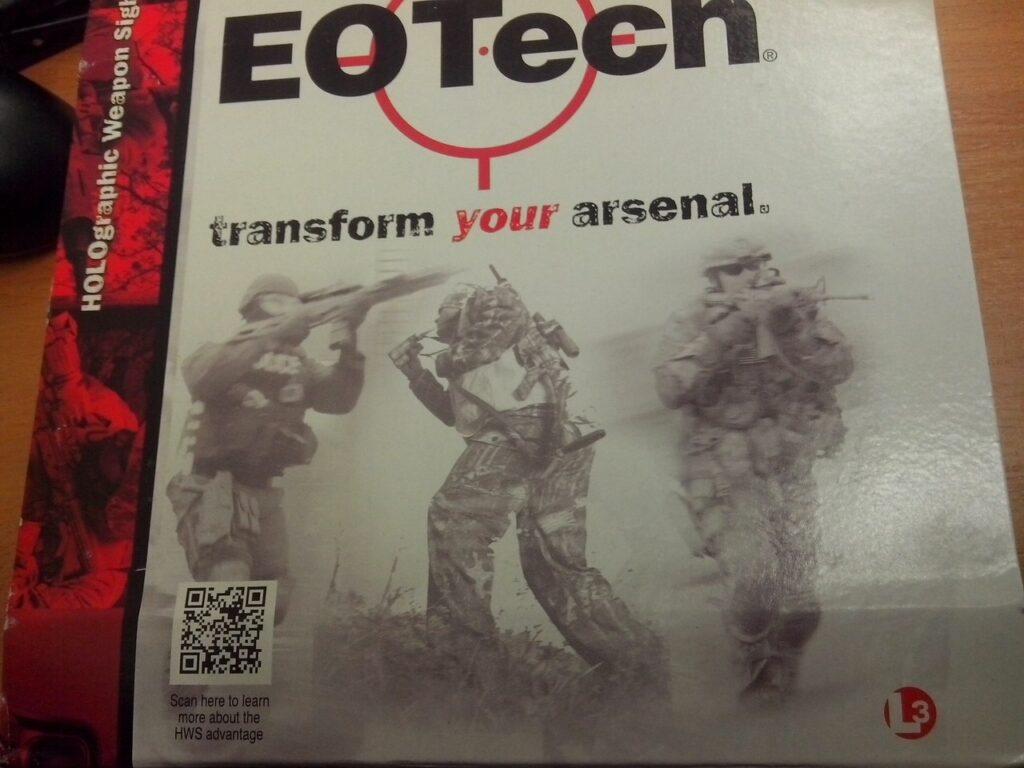 Упаковка прицела Eotech XPS2