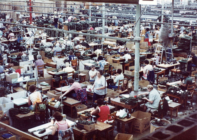 800px-Alpha_Factory-Sewing_Floor_80-90