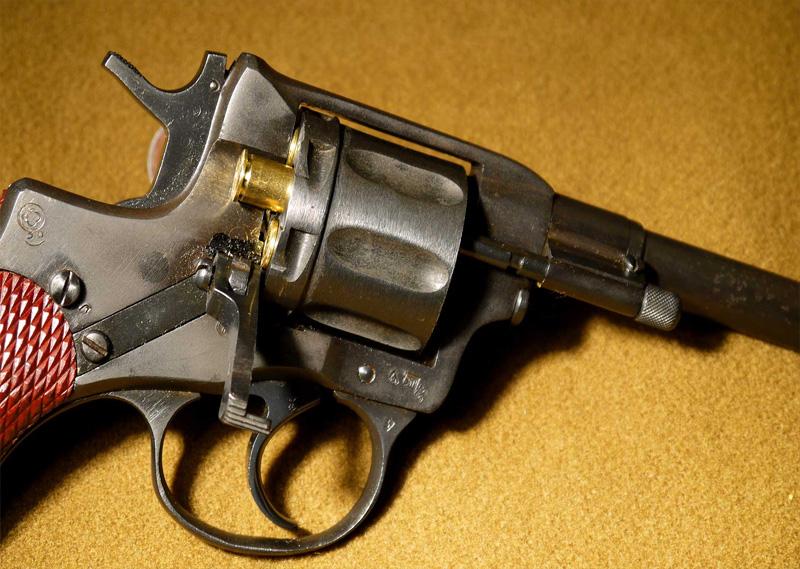 Обзор-страйкбольной-версии-револьвера-Наган-обр-1895-г.-от-WinGun-для-канала-магазина-Airsoft-Rus